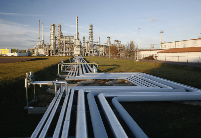 Crude oil, Fuel price