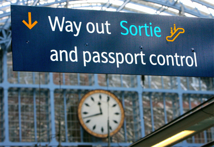 Passengers arriving in the UK on Thursday face long waits at passport control (CARL DE SOUZA/AFP/Getty Images).