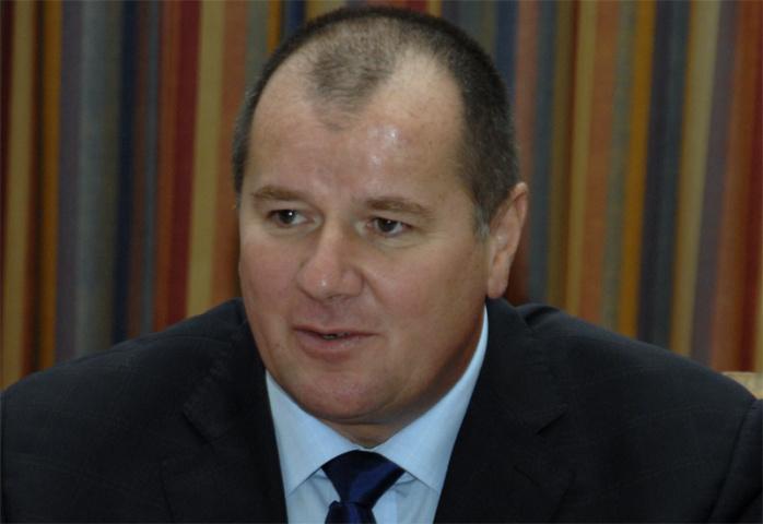 Peter Richards, Gulftainer.