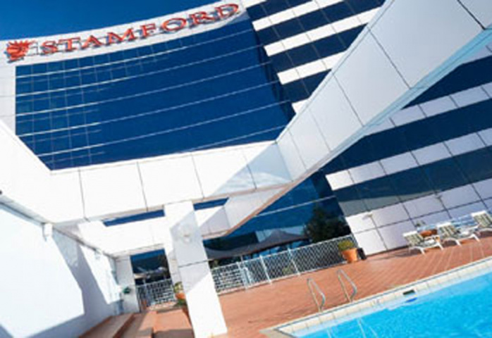 Stamford Plaza Sydney is conveniently located, according to survey respondents.