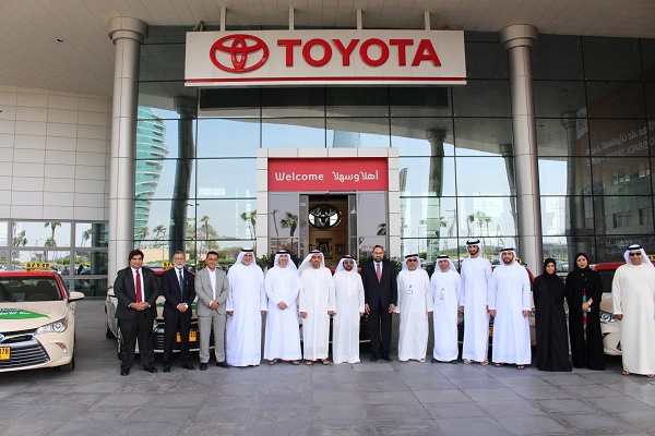 The new electric hybrid fleet of Toyota Camries was handed over to DTC at a special ceremony at the Al-Futtaim Motors Toyota headquarters in Dubai Festival City, attended by Mohammed Obaid AL Mulla, board member of the Board of Directors in RTA, Dr. Eng. Yousuf Al Ali, CEO of DTC, and Saud Abbasi, managing director of Al-Futtaim Motors.
