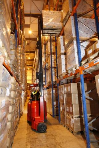 Mhe, Warehouse, Brexit, Narrow aisle