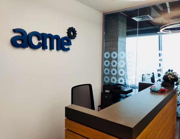 With the new office, the design team is able to work closely with the pre-sales team as well as coordinate with ACME's execution and service teams.