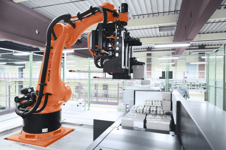 The heart of the new system will be three RowPaQ robot cells, which can each handle up to four cases simultaneously and stack up to 1,000 cases per hour into multi-product pallet loads ready for customer delivery.