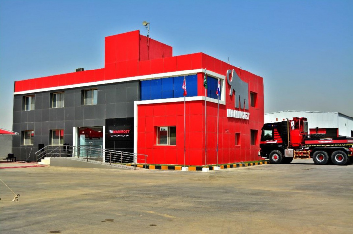 Mammoet, Heavy lift equipment, Material handling, Saudi arabia