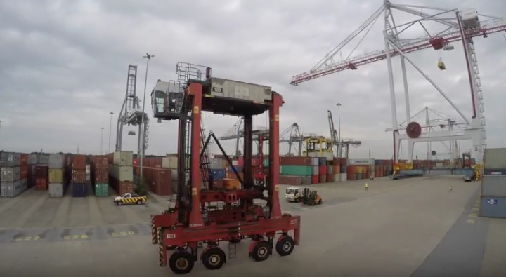 Dp world, Southampton, Uk, Crane, Port, VIDEO