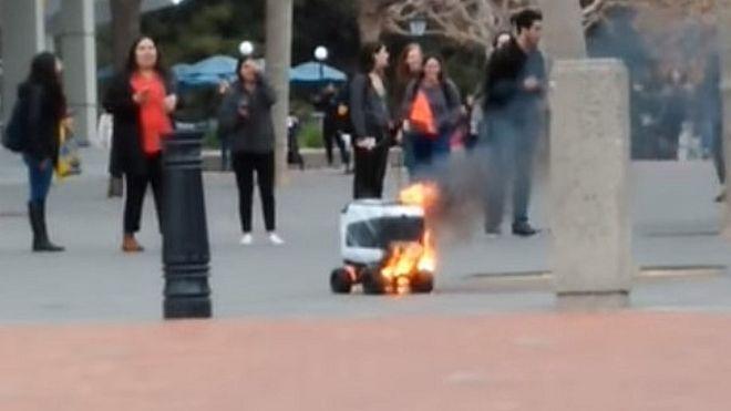Kiwibot, Fire, Berkley