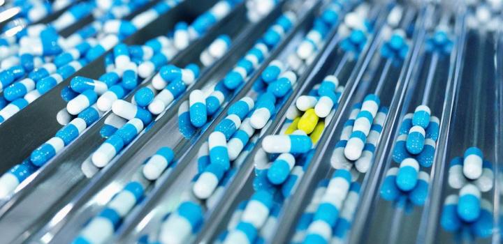 Pharmaceutical, Logistics, Dhl