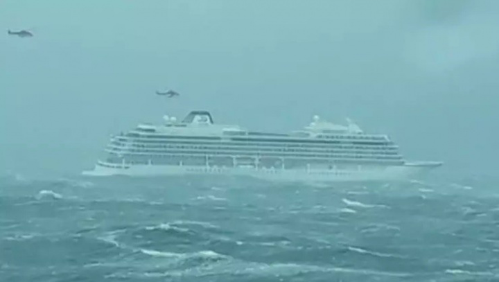 Viking, Cruise ship, Norway, Emergency