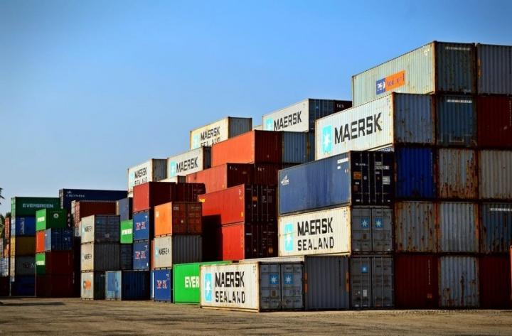 Pakistan, Uae, Logistics, Currency