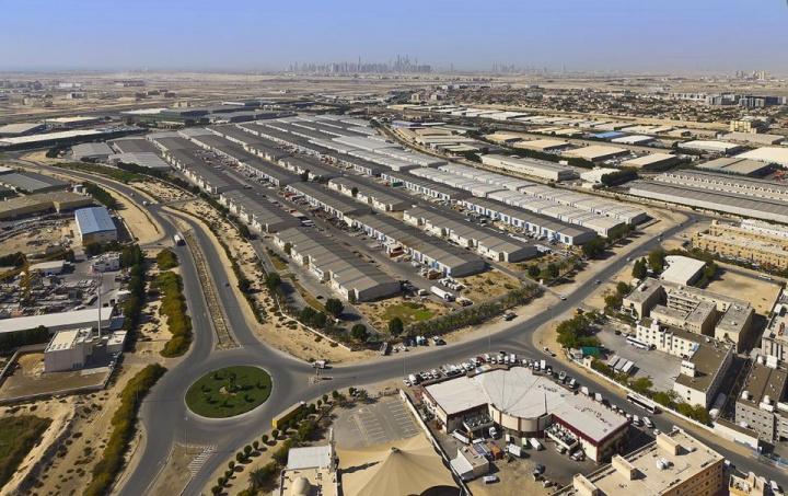 E-commerce, Warehouse, Dubai, Uae