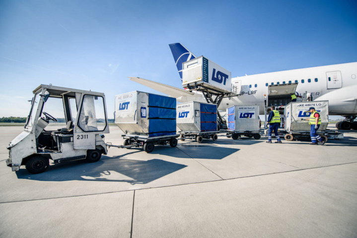 LOT Cargo, Polish airlines, Air cargo, CSafe Global