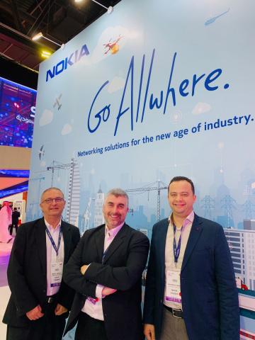 Stephane Daeuble, head of enterprise solutions marketing, Nokia (centre)